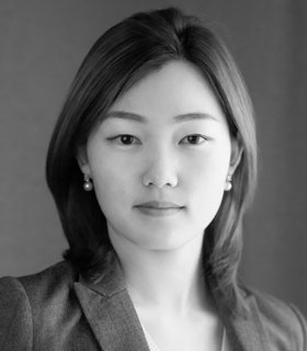 Black and white photo of Sarah Lee